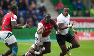Humphrey Kayange in azione allo Scotstoun Stadium nell'edizione 2014 dei Glasgow7s-HSBC Sevens World Series (Photo Martin Seras Lima/IRB)