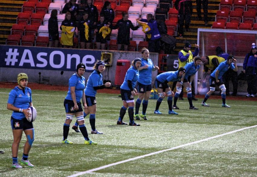 Italia Femminile vs Scozia kick off